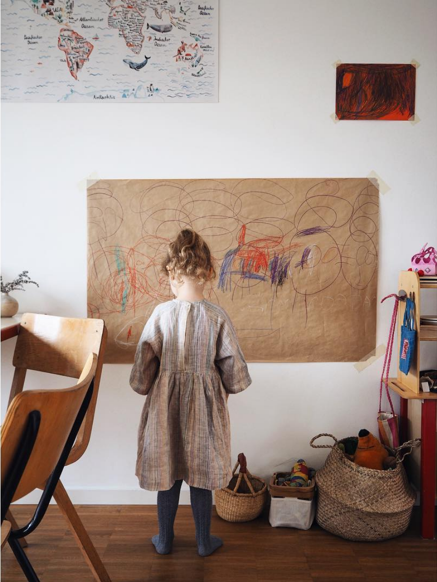 child_with_linen_dress_redcreekkids_kidsfashion_evafedeveka_photographer