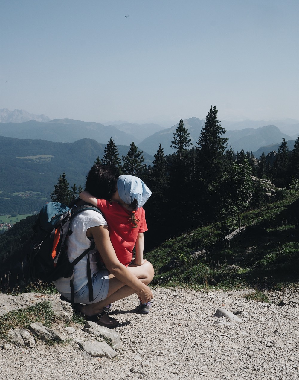evafedeveka_photography_alps_mountains_view_bavaria_kampenwand_mother_child
